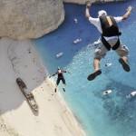 世界中で空からダイブ!!NEWスポーツ!ベースジャンプ