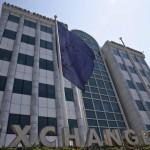 ギリシャ株式市場、約23%の大幅下落で再開
