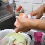 お茶に洗剤?!あなたも食べている食器洗剤の事実!